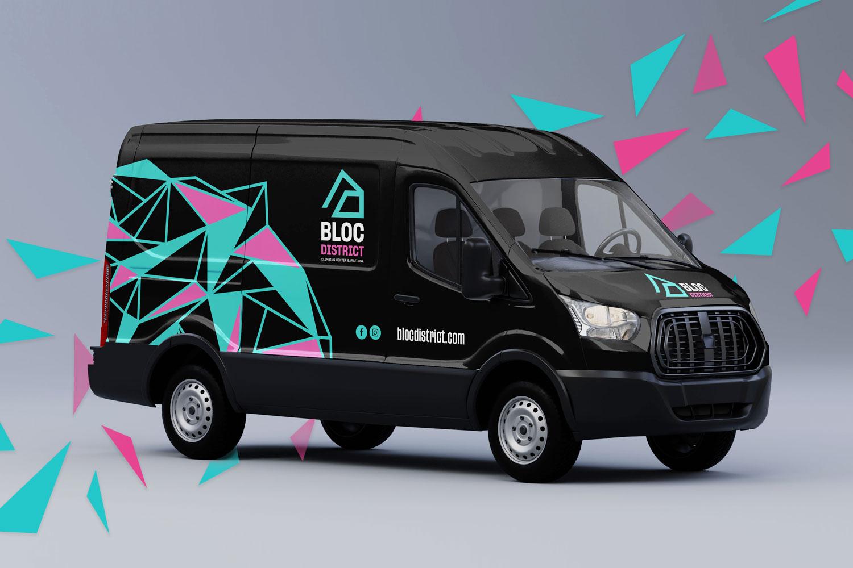 5_bloc_district_vinilado_vehiculo_branding_logo_escalada_furgoneta